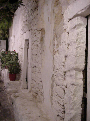 A house in Chora castle FOLEGANDROS PHOTO GALLERY - Old house