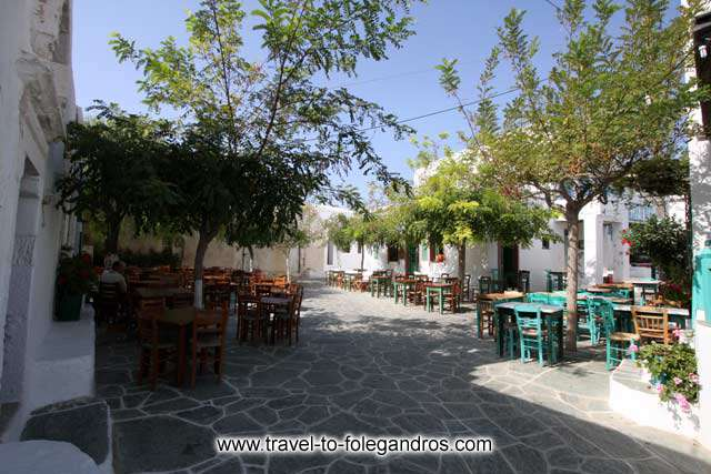 FOLEGANDROS PHOTO GALLERY - Piatsa by Ioannis Matrozos
