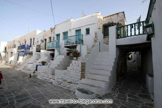 FOLEGANDROS PHOTO GALLERY - Kastro by Ioannis Matrozos