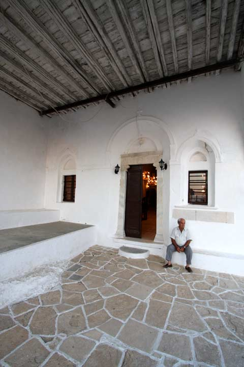 FOLEGANDROS PHOTO GALLERY - Panagia by Ioannis Matrozos